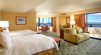 Junior Suite, 2 Double Beds, Corner (Tapa)