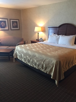 Quality Inn Pittsburgh Airport - Guestroom  - #0