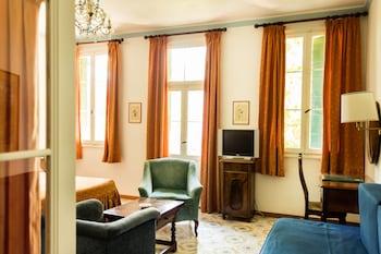 埃珀卡阿爾貝格卡特羅方塔恩住宅飯店