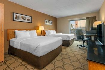 Standard Room, 2 Double Beds, Non Smoking, Ground Floor