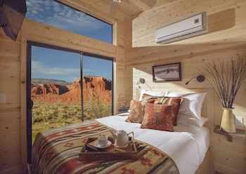 Red Cliff View Two Bedroom Cabin