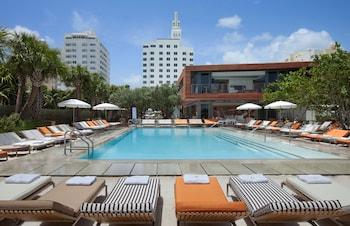 Hotel - SLS Hotel South Beach