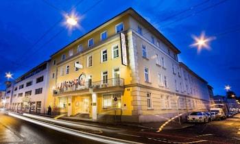 GOLDENESS THEATERHOTEL