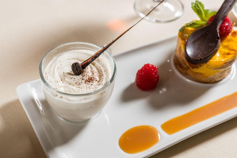 버니니 팰리스 바이 발리오니 호텔(Bernini Palace) Hotel Image 63 - Food and Drink