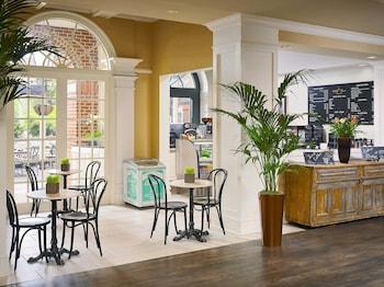the hotel at auburn university auburn al. Black Bedroom Furniture Sets. Home Design Ideas