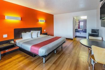 Hotel - Motel 6 Waxahachie TX