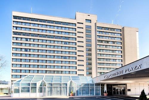 . Crowne Plaza Frankfurt Congress Hotel