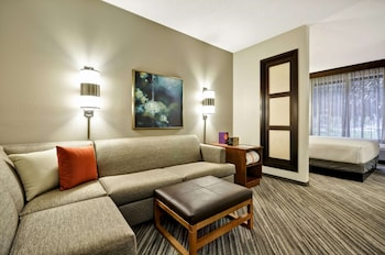 Room (2 Dble Beds with Sofa Bed, High floor)