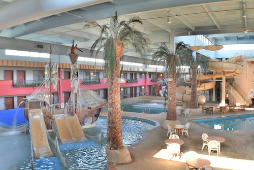 . Ramada by Wyndham Sioux Falls Airport-Waterpark & Event Ctr
