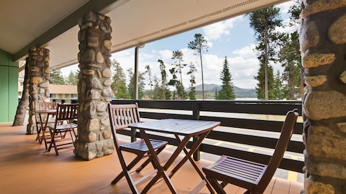 . Best Western Ptarmigan Lodge