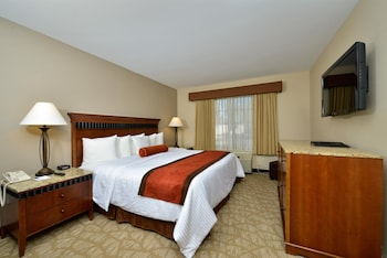 Standard Room, 1 Queen Bed, Accessible, Bathtub