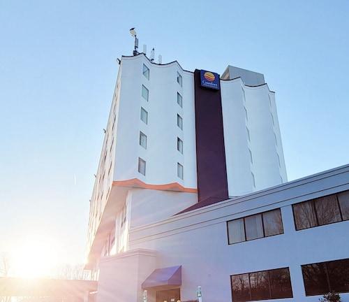 . Comfort Inn & Suites Alexandria Van Dorn Street