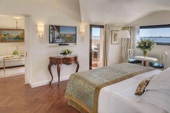 Junior Suite, Balcony, Lagoon View