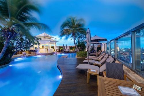 . InterContinental Bangkok, an IHG Hotel