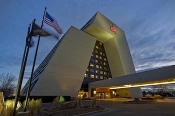 Renaissance Denver Stapleton Hotel photo