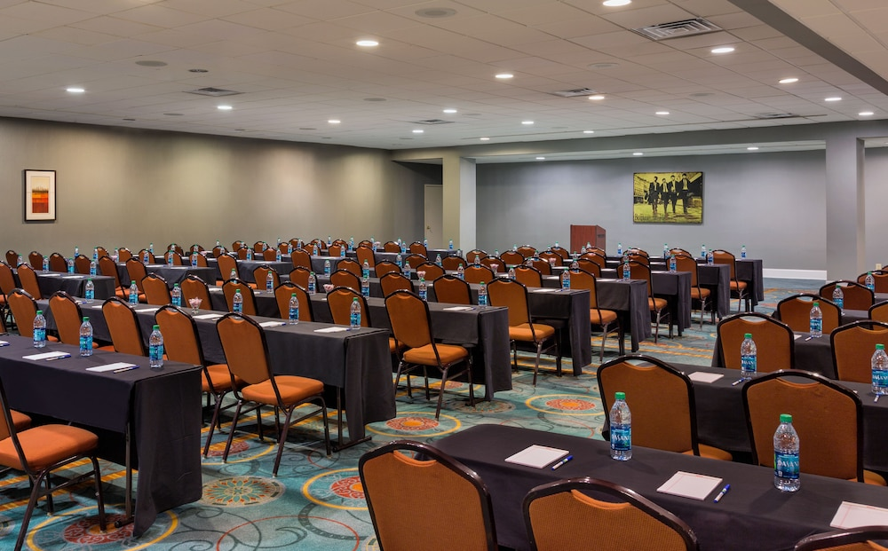 Hotels With Meeting Rooms In Nashville Tn