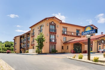 Hotel - Days Inn by Wyndham Birmingham/West