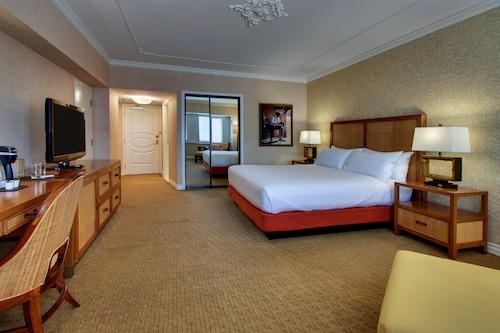Tropicana Las Vegas - a DoubleTree by Hilton Hotel image 92