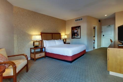 Tropicana Las Vegas - a DoubleTree by Hilton Hotel image 78