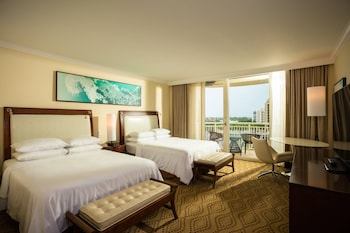Room, 2 Queen Beds, Balcony, Pool & Gulf View