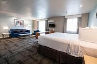 Queen Suite (Renovated)
