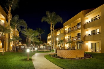 Exterior at Courtyard by Marriott San Diego Sorrento Valley in San Diego