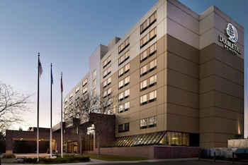 東聖保羅希爾頓逸林飯店 DoubleTree by Hilton St. Paul East