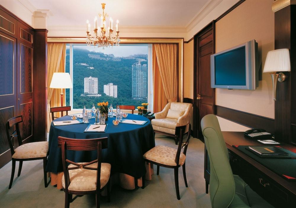 https://i.travelapi.com/hotels/1000000/20000/14500/14435/25f99c3e_z.jpg