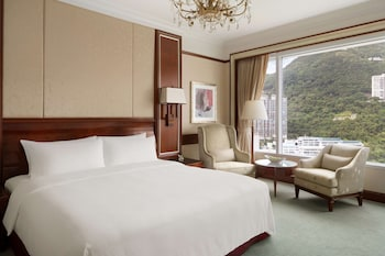 Deluxe Peak View King Room