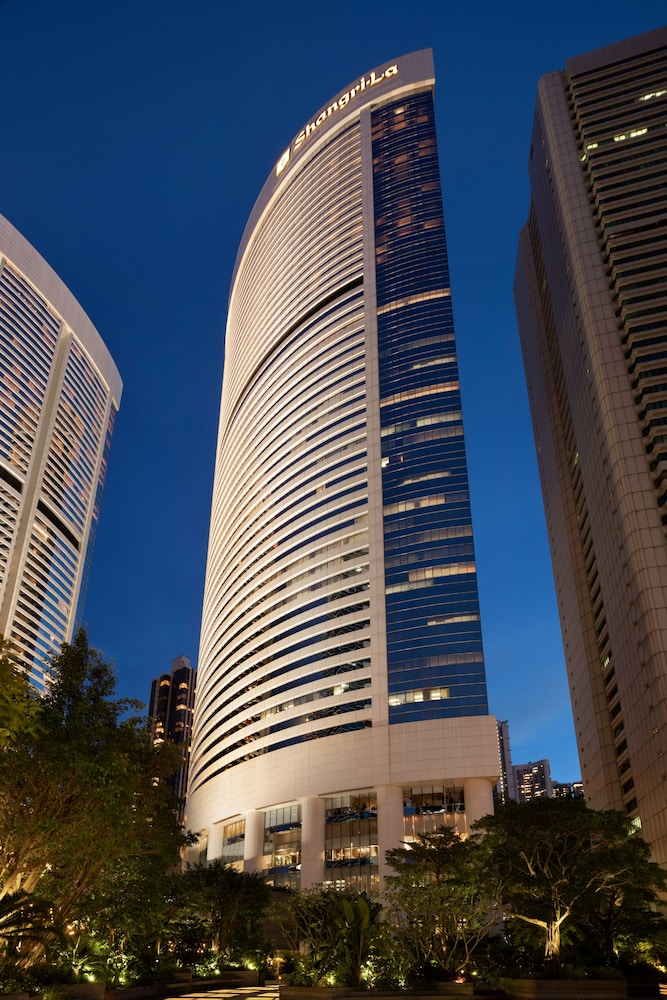 https://i.travelapi.com/hotels/1000000/20000/14500/14435/78681f53_z.jpg