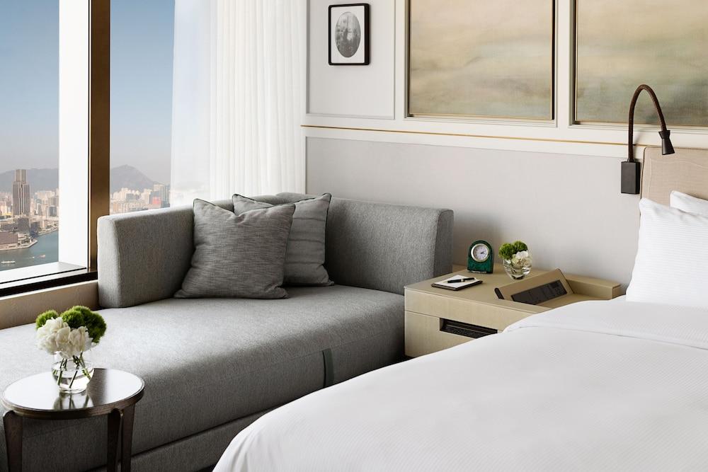 https://i.travelapi.com/hotels/1000000/20000/14500/14435/bce55e45_z.jpg