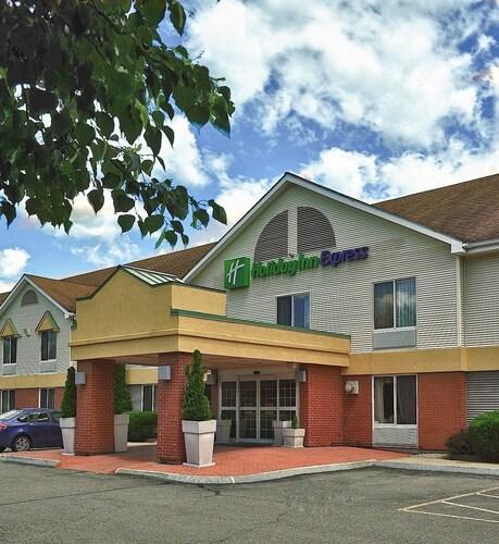 . Holiday Inn Express Keene