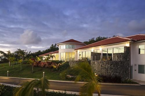 Windjammer Landing Villa Beach Resort,