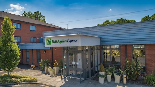 . Holiday Inn Express Preston - South