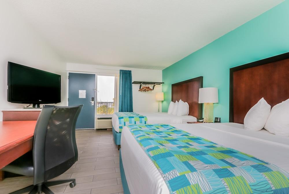 https://i.travelapi.com/hotels/1000000/20000/14500/14499/4cfae918_z.jpg