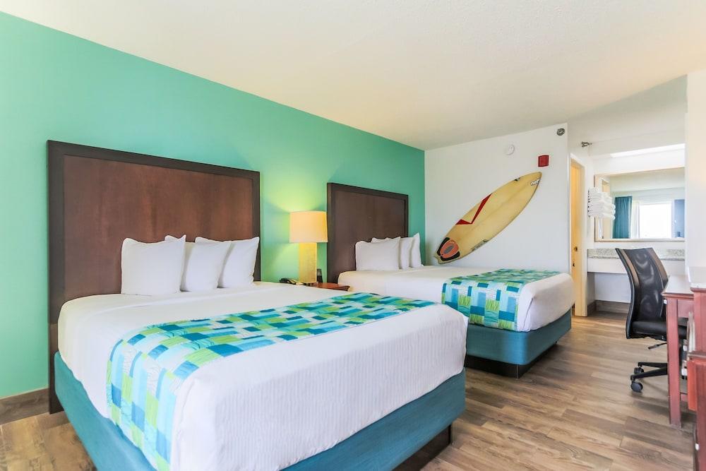 https://i.travelapi.com/hotels/1000000/20000/14500/14499/9d7ce779_z.jpg