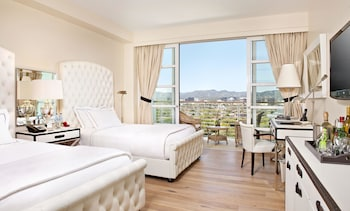Deluxe Room, 2 Double Beds, Balcony, View