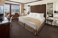 Premium Room Sea View, cathedral view Red Level Lounge Access