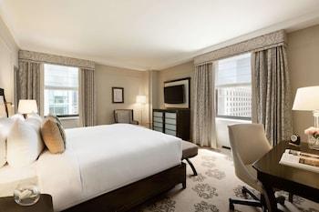 Deluxe Corner Room, 1 King Bed