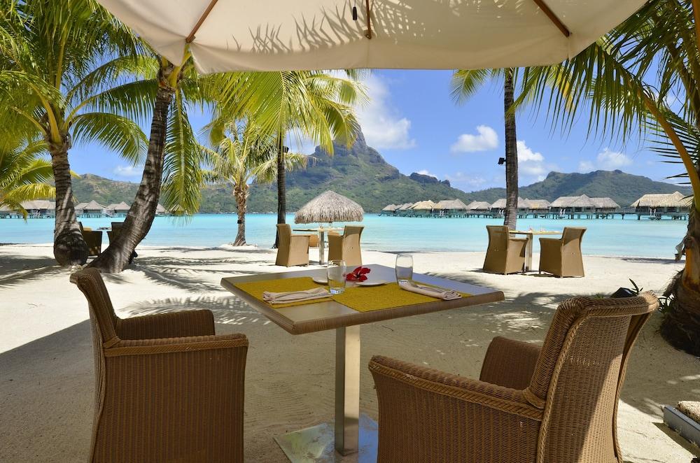 https://i.travelapi.com/hotels/1000000/20000/14700/14637/36633ef1_z.jpg