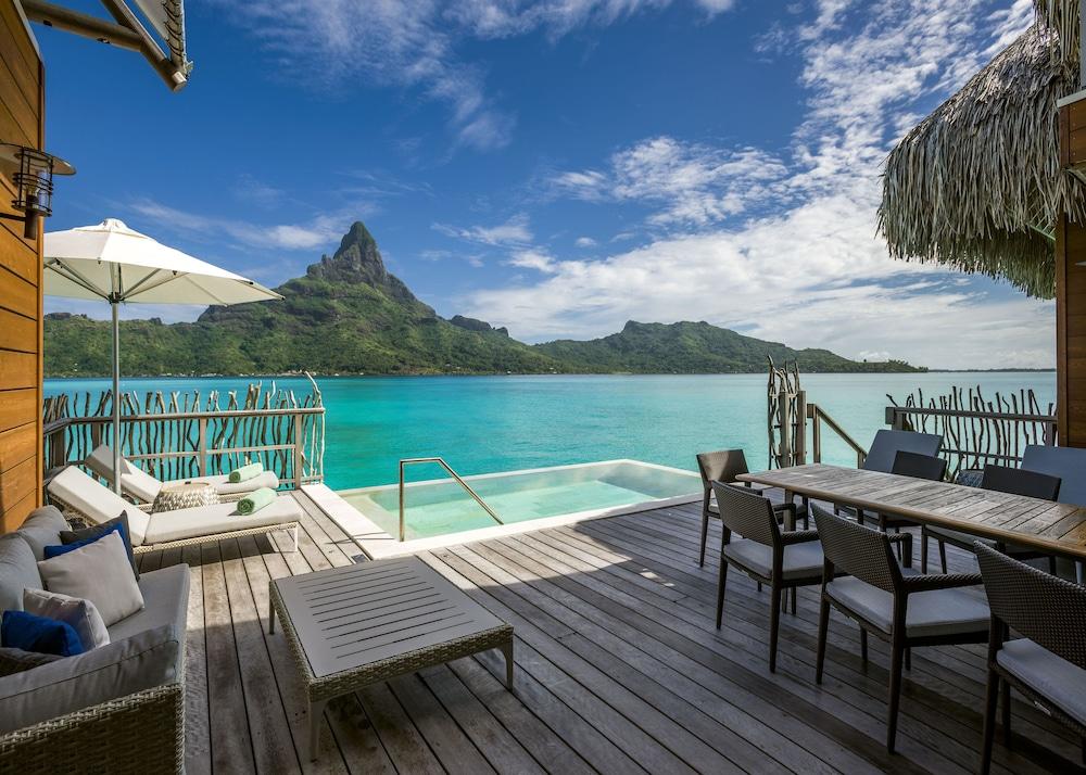 https://i.travelapi.com/hotels/1000000/20000/14700/14637/67fe2478_z.jpg