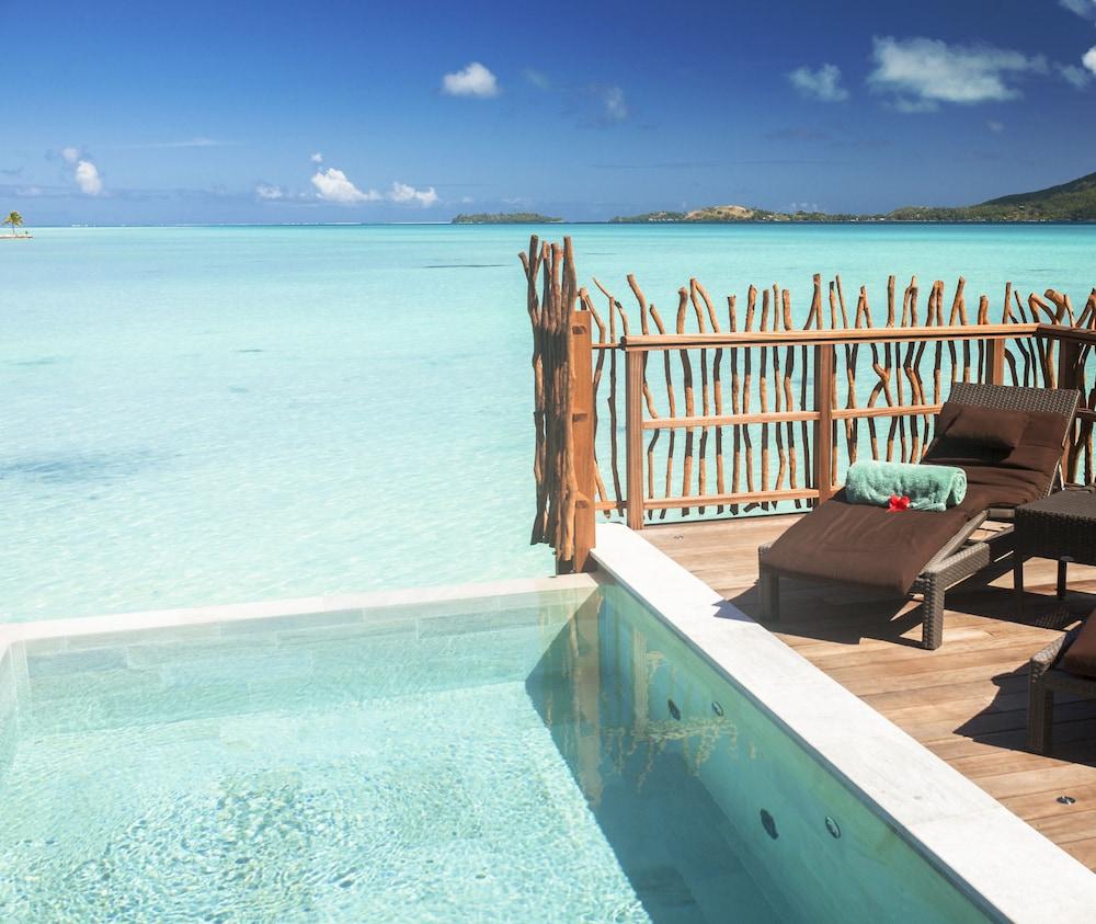 https://i.travelapi.com/hotels/1000000/20000/14700/14637/b8b60e3b_z.jpg