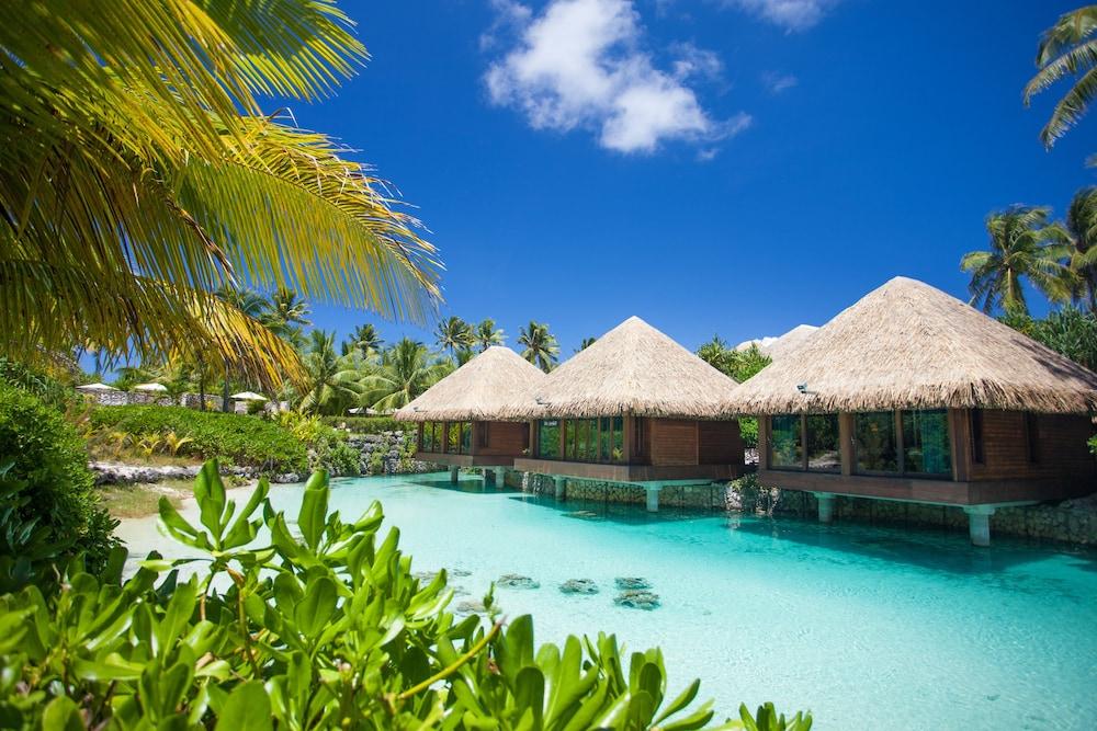 https://i.travelapi.com/hotels/1000000/20000/14700/14637/fa6ee6d2_z.jpg