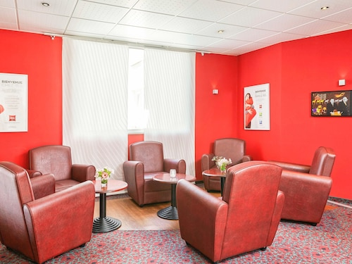. ibis Chartres Ouest Luce