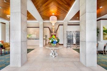Lobby at Holiday Inn San Diego-Bayside in San Diego