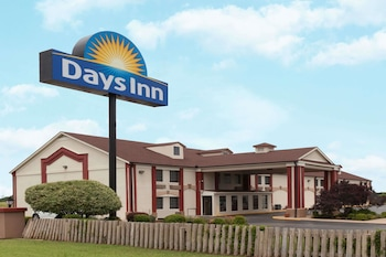 Hotel - Days Inn by Wyndham Shawnee