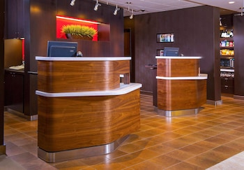 Courtyard by Marriott Virginia Beach Norfolk photo
