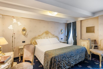 Hotel - Hotel Montecarlo