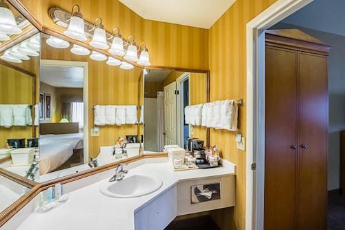 Clarion Suites St George, Washington