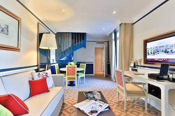 1 Bedroom Deluxe Suite – Patio View